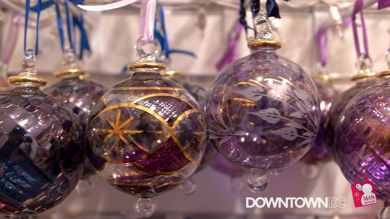 Cheer is in the (Open) Air: Visit the 2020 Downtown Holiday Market
