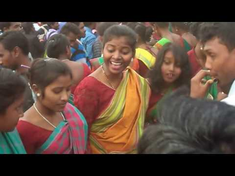Sohrai Dance at SP College Ground Dumka 2017 99 HD