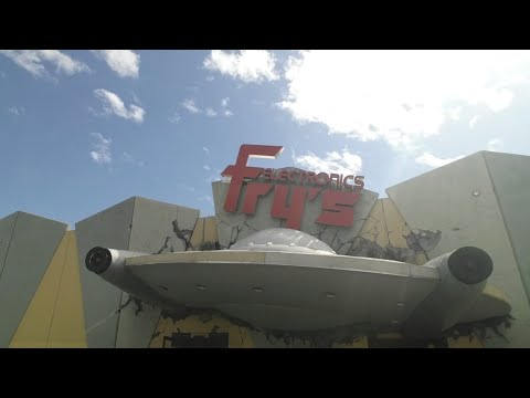 check-out-this-frys-electronics-store-near-burbank-and-the-biggest-ikea-3/15/18