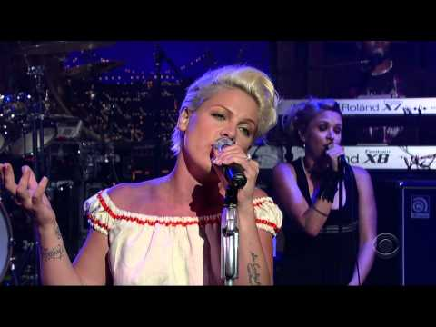 Pink  Who knew  Letterman 2006 720p