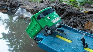 Tayo Truck falls into River! Dump Trucks be careful. Tayo the Little Bus Toys