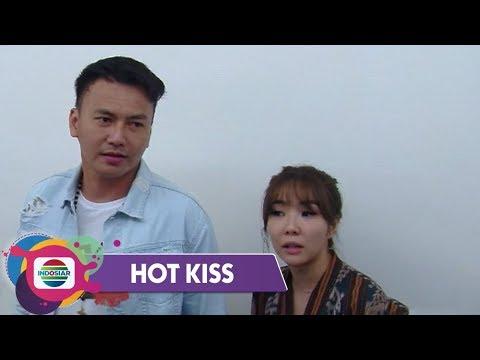 Hot Kiss - SETELAH BERCERAI, Gisel & Wijaya Saputra Semakin Mesra