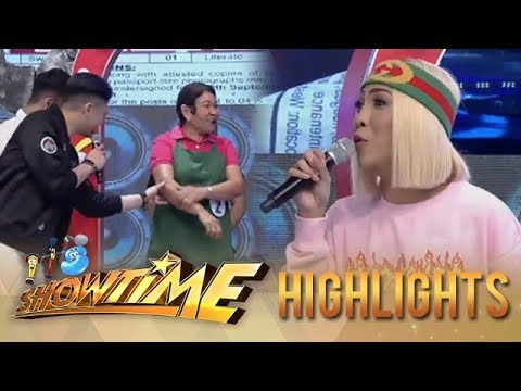 It's Showtime TrabaHula: Vice Ganda reveals that there's a ghost in the studio!