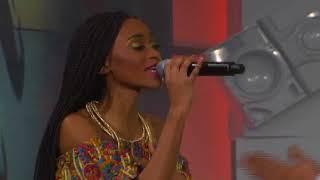Massive Music: Thabsie ft JR - African Queen