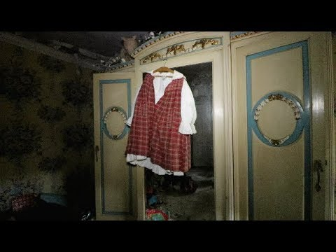 Little Girl's Abandoned Mansion - Everything Left Behind