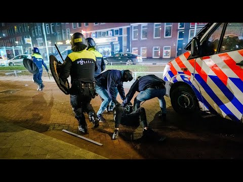 The Netherlands: Fresh clashes break out between anti-curfew protesters and police