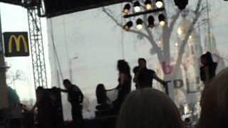 21.04.2012г. Лазарев поёт в живую в Калининграде