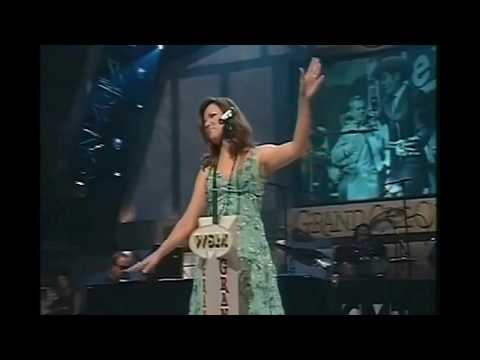 MARTINA MCBRIDE (YOU WIN AGAIN) GRAND OLE OPRY