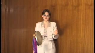THE TWIST - Tambourine Instructional Video {Timbrel Praise}