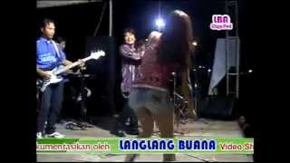 DANGDUT HOT WIYUNG -Ngamen 5 _