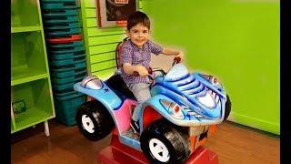 Ride on Car Kids Playing - Token Ride