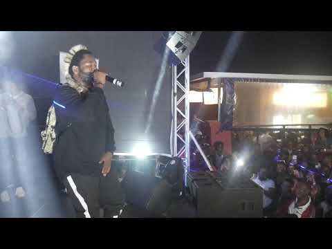 Sjava Crying Umama Acapella With The Crowd
