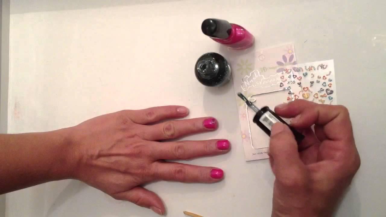 Très Faire un nail art rose blue - Mettre du vernis à ongles: Astuce  EO59