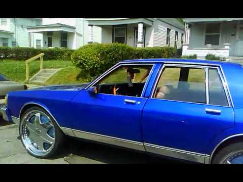 76 buick lesabre n 83 box chevy caprice donks by Gabriel Agbre