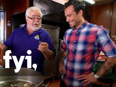 Food Porn: Al's Italian Beef in Chicago - FYI - 동영상