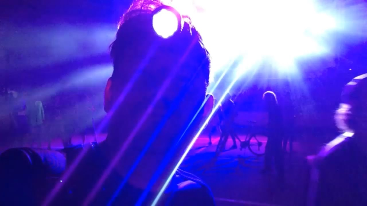 VLOG: Играю в ПАННУ и ФУТБОЛ на ADIDAS THE BASE - YouTube