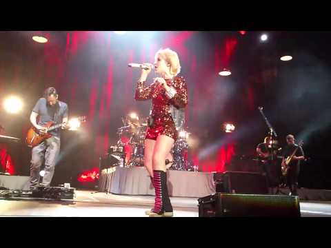 The Cranberries - Desperate Andy - Antwerpen - 04.11.2012