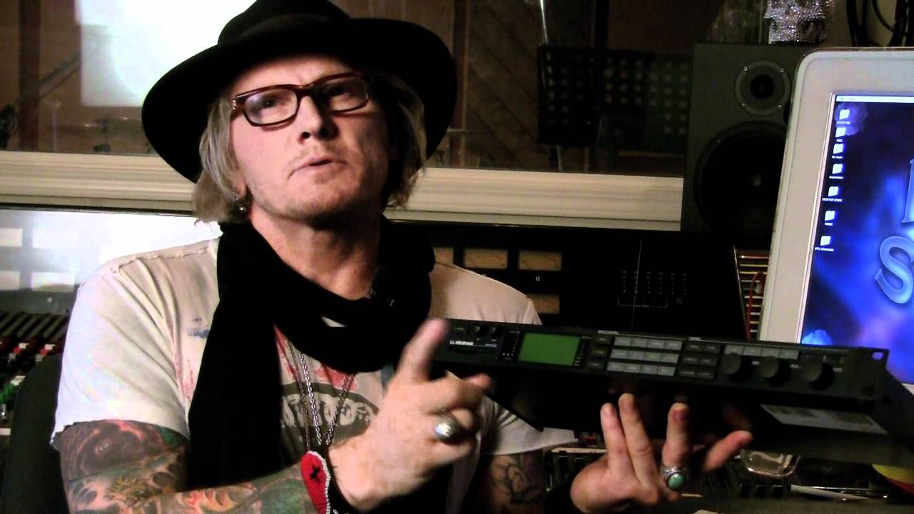 matt sorum talks about the fireworx from tc electronic youtube. Black Bedroom Furniture Sets. Home Design Ideas