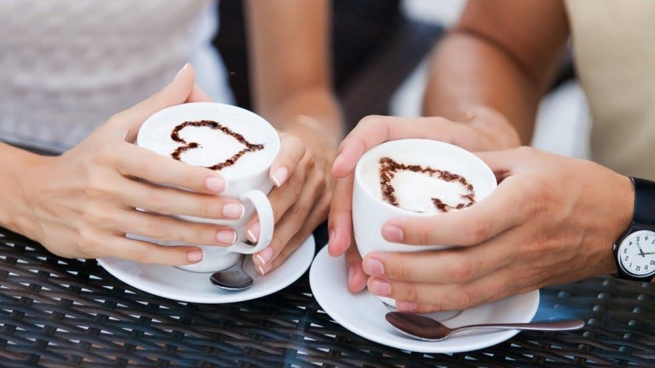 двое пьют кофе картинка этом