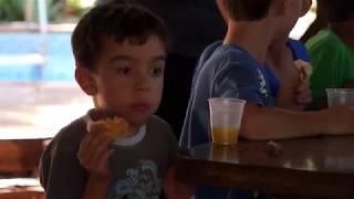Jornal Acontece - Atividade Social com meninos do Lar Redenção