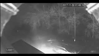 запись с камеры видеонаблюдения: горит авто