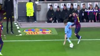 Lionel Messi nutmegs (panna) James Milner (Barcelona vs Manchester City) (UCL)