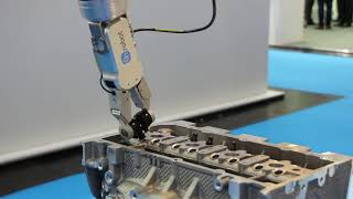 OnRobot RG2-FT Insertion Application at Automatica 2018