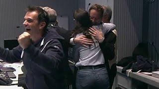 Crew Cheers As European Probe Lands on Comet