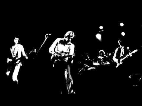Dire Straits - Calling Elvis (live)