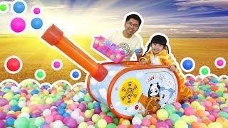 Bé Bún Bắn Đại Bác Bóng và Chơi Nhà Bóng - Fun Indoor Playground for Kids | Creative Kid