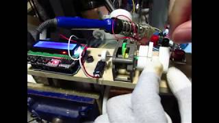発電機自作用に作ったコイル巻き機です。 デジタルカウンタで巻数をカウントできます。