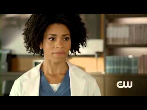 """Download Emily Owens M.D. 1x06 """"Emily and... The Question of Faith"""" Sneak Peek"""