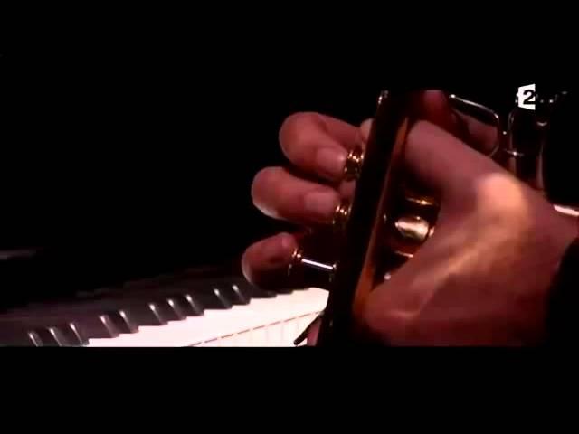 benjamin-biolay-revoir-paris-album-trenet-1er-live-29-mai-2015-ce-soir-ou-jamais-maud-clifton