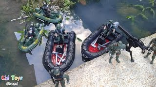 Military Plastic Toy Soldiers Army Men Military boat and Military equipment