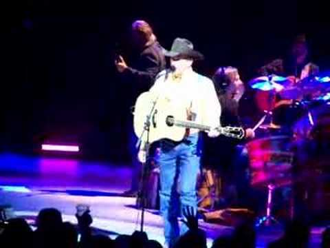 George Strait 08 IJCN tour Just Give It Away brief clip