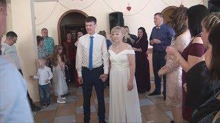 Свадьба. Встречаем молодоженов на застолье