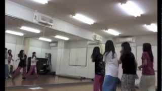 Just a video of tgs practicing Rock You :) They're learning the dan...