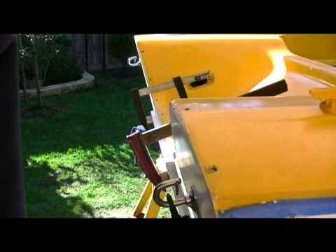 How To Fix 10a Paint Boat With Spray Cans