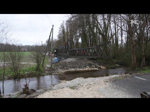 Le pont de secours est livré à Gouts