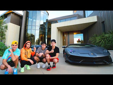 FULL TOUR OF CRAZY SUPERCAR COLLECTION!