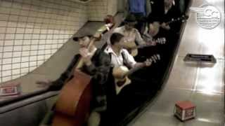 CC SMUGGLERS - The London Adventure - Buskers on the tube
