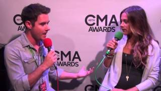 jana kramer talks pregnancy guitar pull performance at cma awards 2015
