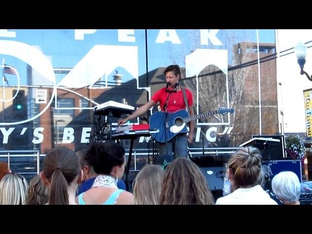 Tony Smiley - Rebel Yell (cover) 2012 Travel Video