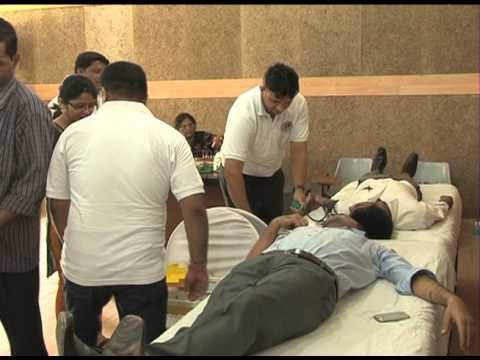 Samruddha Jeevan Foundation organizes a Massive Blood ...