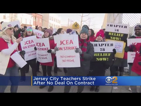 Jersey City Teachers On Strike