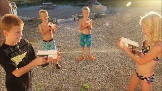 Kids NERF Super Soaker Fight!