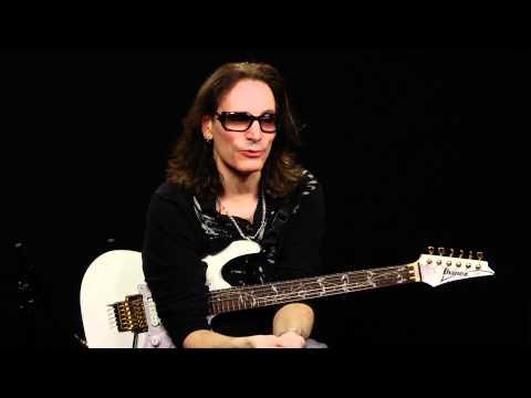 "Steve Vai ""World's Largest Online Guitar Lesson"" Berklee Music"