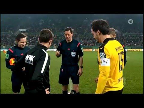 FC Augsburg v Borussia Dortmund - DFB Pokal L16 2015/16