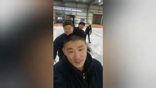 Корея. Зарядка на заводе  перед рабочим днем