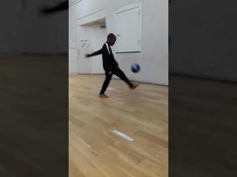 Josh king kick ups 👌👌